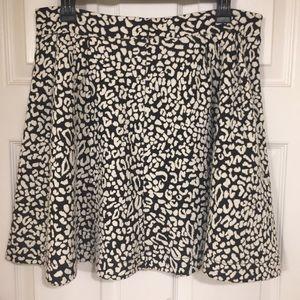 Francesca's Alya   Black & White Animal Skirt, L.